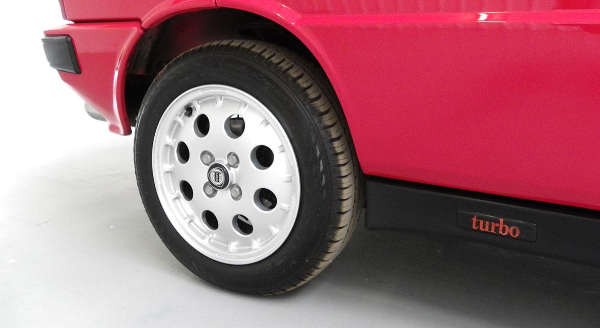 Nutts Classics Lancia
