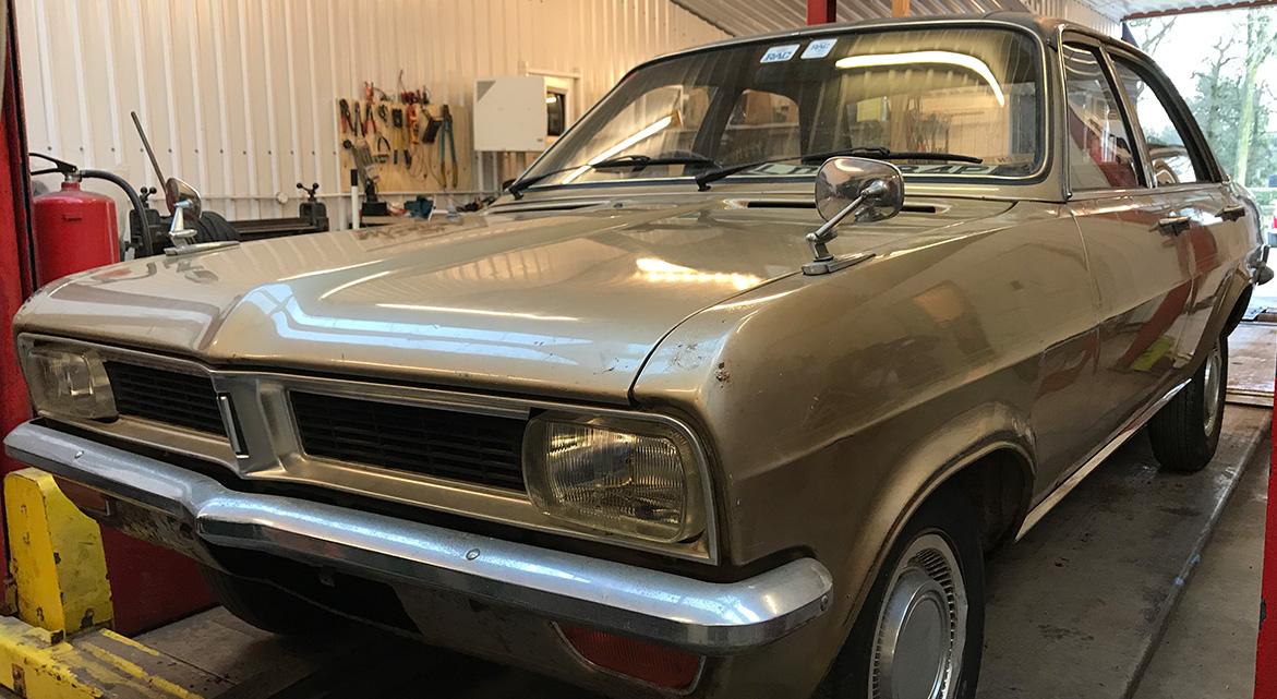 1975 Vauxhall Viva